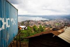 BUKAVU, REPUBLIQUE DEMOCRATIQUE DU CONGO. AVRIL 2016. Vue de Bukavu depuis le village de Kamweze.