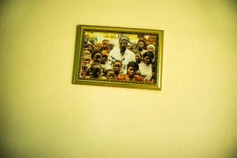 BUKAVU, REPUBLIQUE DEMOCRATIQUE DU CONGO. AVRIL 2016. Dans le bureau du docteur Denis Mukwege a la fondation Panzi. La fondation Panzi prend en charge des femmes victimes de viol et developpe un programme de rehabilitation par le sport.